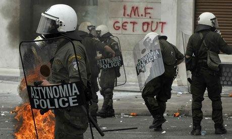 La police grècque contre les manifestants