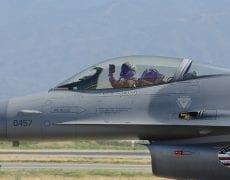 La meilleure défense anti-aérienne contre les F-16 américains