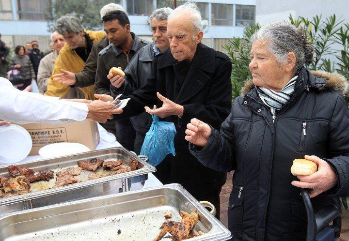 femme_grece_marche_pauvrete