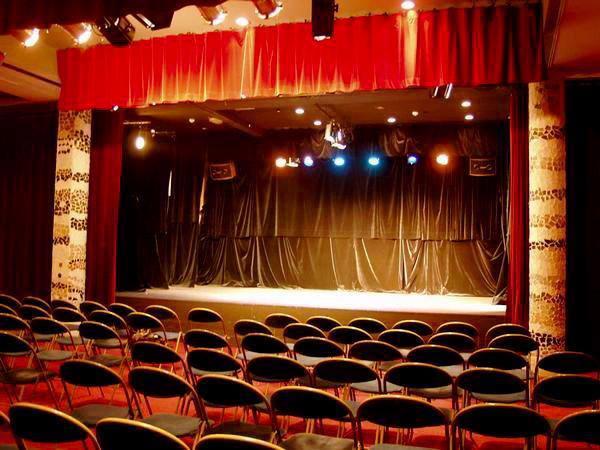 théâtre_du_Passage_upr_asselineau