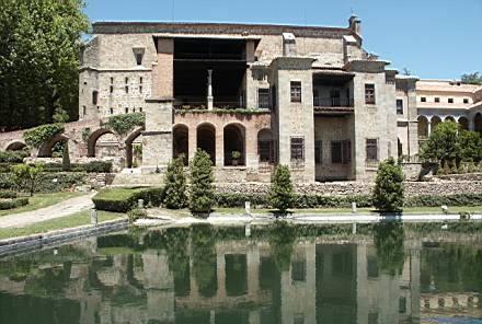 monastere-hieronymite-Cuacos-Yuste ; De la géopolitique à la déformation de l' Histoire