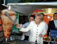 Angela Merkel  promouvoir  immigration massive  continuer  faire tourner  machine économique allemande effondrement démographique pays