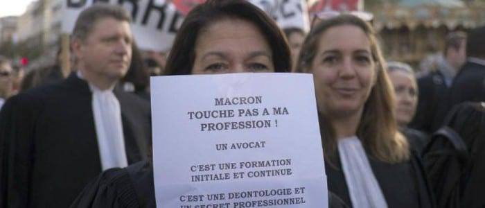Macron-avocats