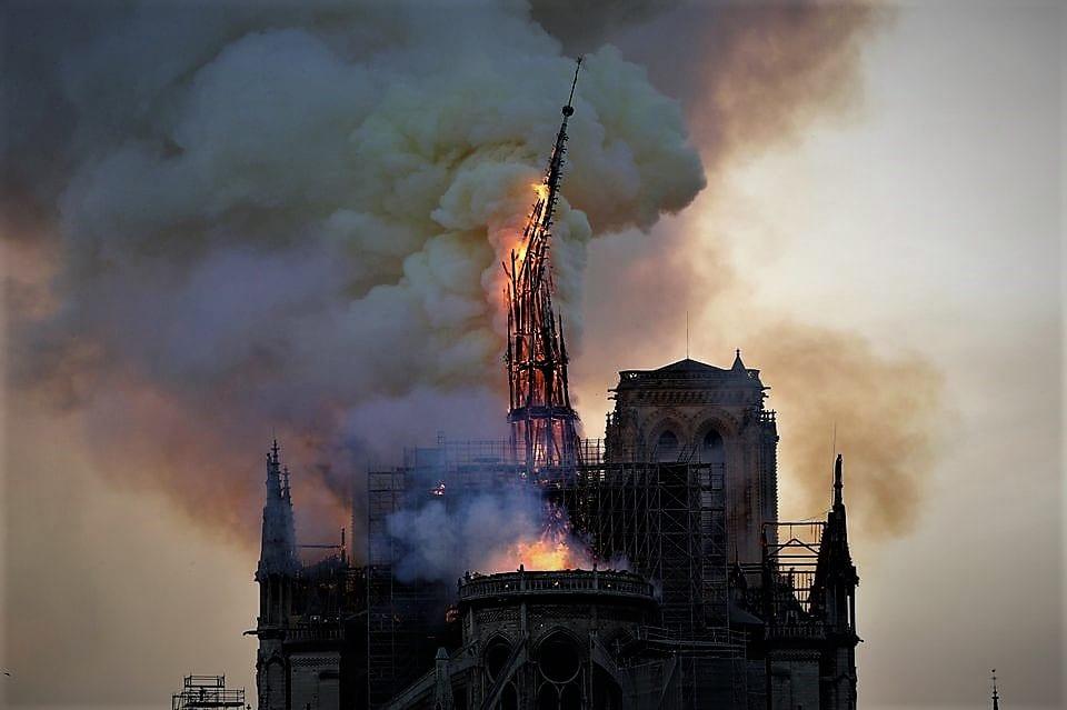 information sur l incendie de notre dame de paris