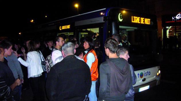 Travail de nuit pour les chauffeurs de bus