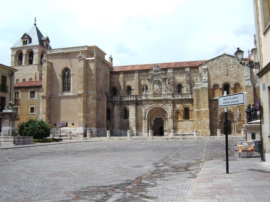 basilique-Saint-Isidore